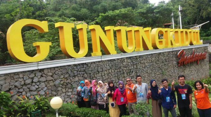 "UAS ""Tourism II"": Ujian Sambil Berlibur"